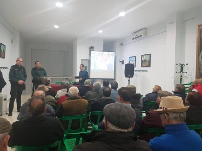CHARLA GUARDIA CIVIL MARORES1
