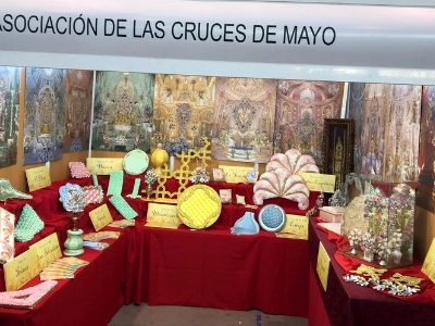 STAND CRUCES DE MAYO